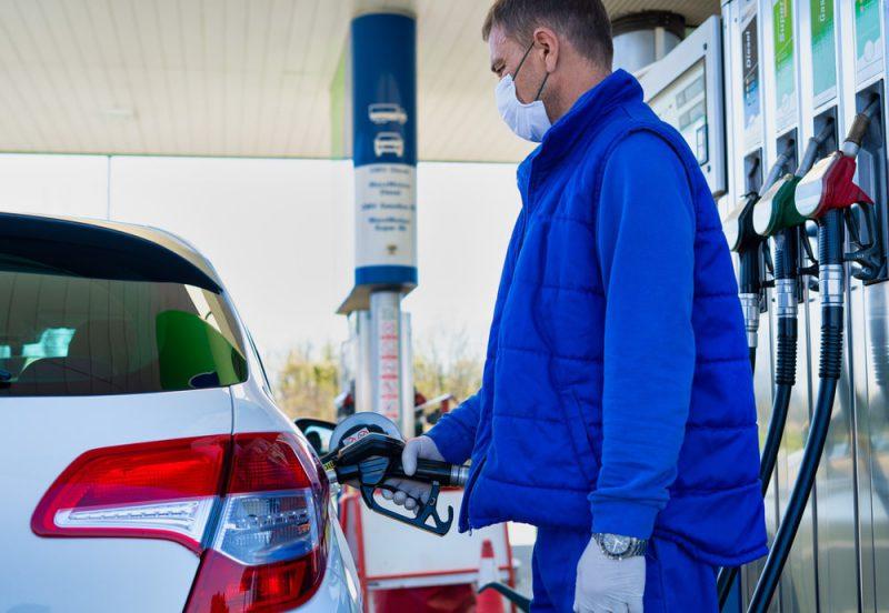 Koronawirus a ceny paliw – czy firmy transportowe muszą się przygotować na większe wydatki?